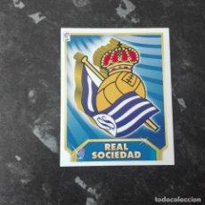 Cromos de Fútbol: ESCUDO REAL SOCIEDAD, LIGA 2011 2012 ESTE 11 12 EXCELENTE ESTADO ERROR VER FOTOS. Lote 137131318