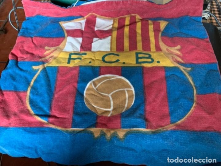 ANTIGUA ALMOHADILLA DEL FÚTBOL CLUB FC BARCELONA F.C BARÇA CF (Coleccionismo Deportivo - Álbumes y Cromos de Deportes - Cromos de Fútbol)