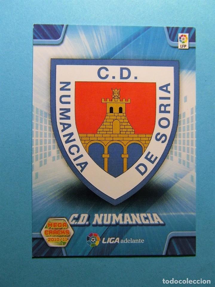 MEGACRACKS 2010 2011 10 11 ESCUDO NUMANCIA 422 (Coleccionismo Deportivo - Álbumes y Cromos de Deportes - Cromos de Fútbol)