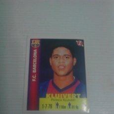 Cromos de Fútbol: PANINI EQUIPOS DE EUROPA 1999 NÚM. 63 KLUIVERT F.C. BARCELONA.. Lote 151579746