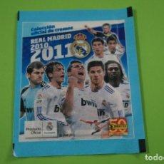 Cromos de Fútbol: SOBRE DE CROMOS DE FÚTBOL SIN ABRIR DE REAL MADRID 2010-2011/10-11 DE PANINI. Lote 152593178