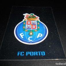 Cromos de Fútbol: 307 ESCUDO LOGO FC PORTO OPORTO CROMOS STICKERS CHAMPIONS LEAGUE TOPPS 17 18 2017 2018. Lote 163633638