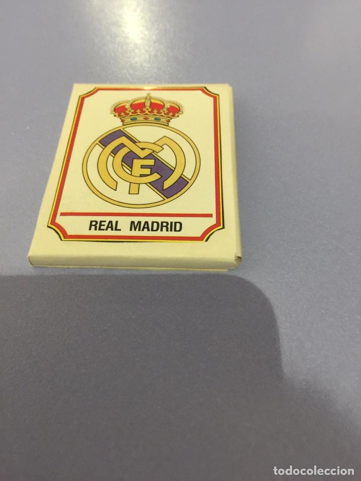 LOTE DE 24 CROMOS DEL REAL MADRID DE LA TEMPORADA 1993. CROMOS PANINI, NUNCA PEGADOS (Coleccionismo Deportivo - Álbumes y Cromos de Deportes - Cromos de Fútbol)