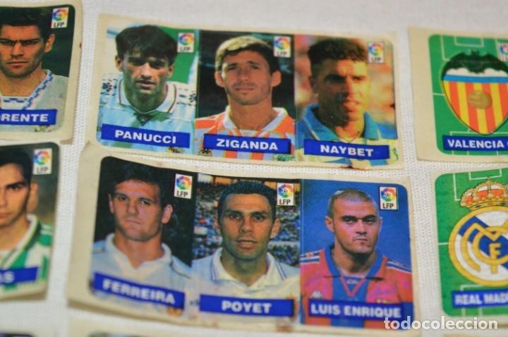 Cromos de Fútbol: Oportunidad, 42 Cromos adhesivos CHICLES CAMPEON / 14 tiras - Años 90 - ¡Mira! - Lote 03 - Foto 3 - 181425667