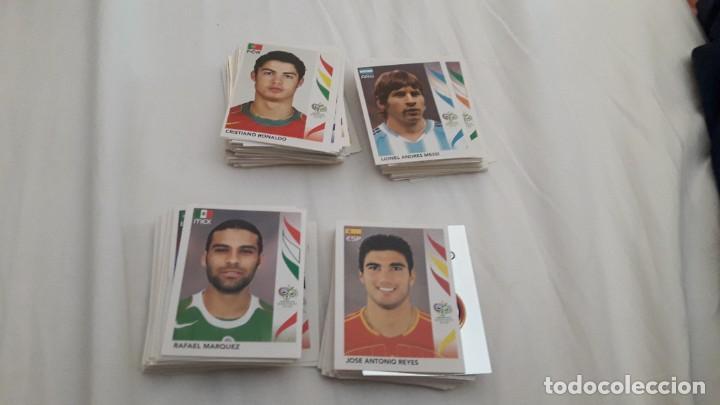 LOTAZO DE MÁS DE 300 CROMOS SIN PEGAR GERMANY 2006 DE PANINI (Coleccionismo Deportivo - Álbumes y Cromos de Deportes - Cromos de Fútbol)