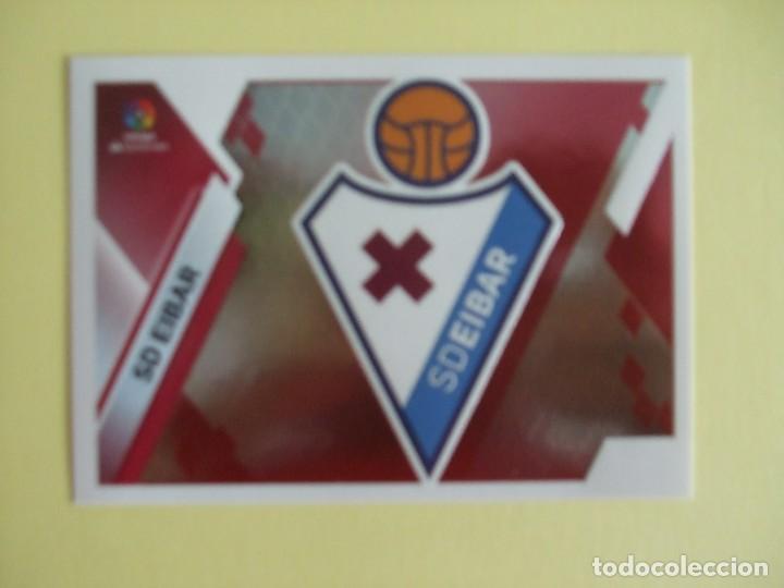 LIGA ESTE 219-2020. ESCUDO. Nº 13. SD EIBAR (Coleccionismo Deportivo - Álbumes y Cromos de Deportes - Cromos de Fútbol)