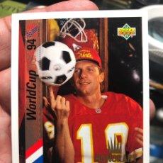 Cromos de Fútbol: TARJETA DE UPPER DECK MUNDIAL ESTADOS UNIDOS 1994 HONORARY CAPTAIN JOE MONTANA. Lote 195155620