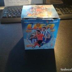 Cromos de Fútbol: ESTE LIGA 09/10 CAJA VACIA DE SOBRES EN BUEN ESTADO. Lote 195267800