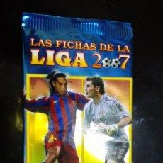Cromos de Fútbol: LOTE DE 70 SOBRES CERRADOS LAS FICHAS DE LA LIGA 2007 MUNDICROMO. Lote 195437786