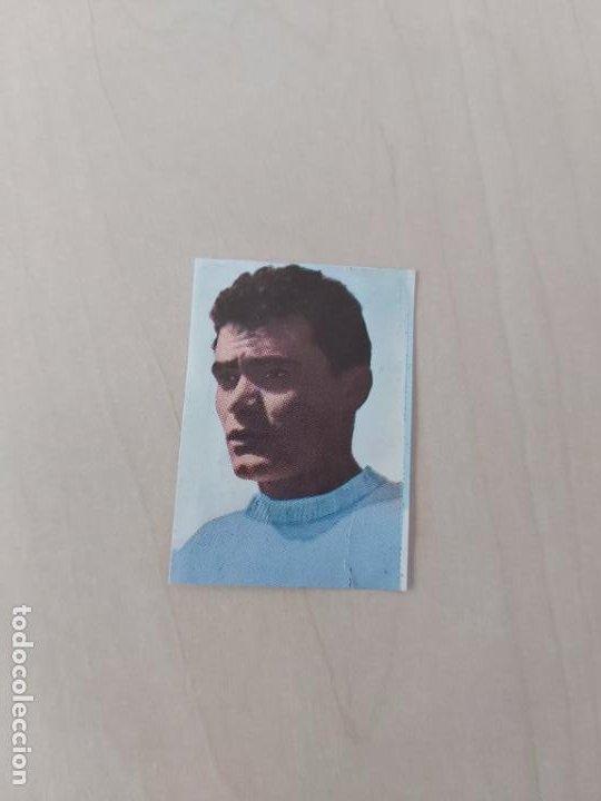 RIVERA - CELTA DE VIGO - CROMO RECUPERADO ALBUM FÚTBOL 1ª Y 2ª DIVISIÓN 1968 69 FHER - 68 69 (Coleccionismo Deportivo - Álbumes y Cromos de Deportes - Cromos de Fútbol)