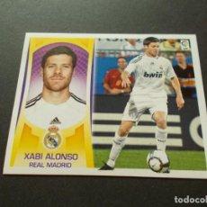 Cromos de Fútbol: ESTE 09-10 U.F Nº33 XABI ALONSO R.MADRID NUEVO SIN PEGAR. Lote 198556953