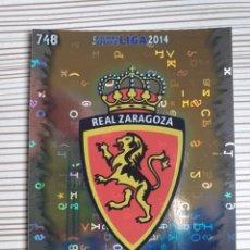 Cromos de Fútbol: 748 ESCUDO ZARAGOZA FONDO LETRAS MUNDICROMO 2013 2014 PLATINUM 13 14. Lote 199901011