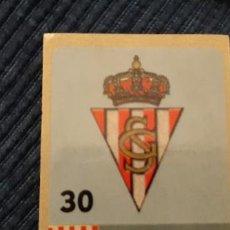 Cromos de Fútbol: CHICLE LIGA DE LAS ESTRELLAS 97/98 PANINI NUNCA PEGADO SPORTING DE GIJÓN ESCUDO 30. Lote 203199047