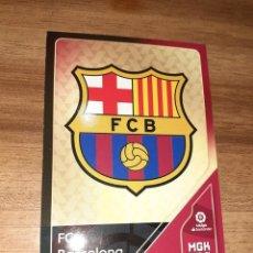 Cromos de Fútbol: FICHA MEGACRACKS, TEMPORADA 2020/21, EDITORIAL PANINI, ESCUDO FC BARCELONA, Nº 55. Lote 222711216