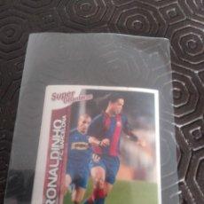 Cromos de Fútbol: PANINI LIGA 2004 RONALDINHO ROOKIE CON EL BARCELONA. Lote 222856773