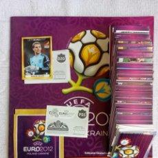 """Cromos de Fútbol: ALBUM PANINI. """"UEFA EURO 2012"""". FULL SET + ALBUM + CLOSED BAG - GERMAN EDITION. Lote 228035940"""