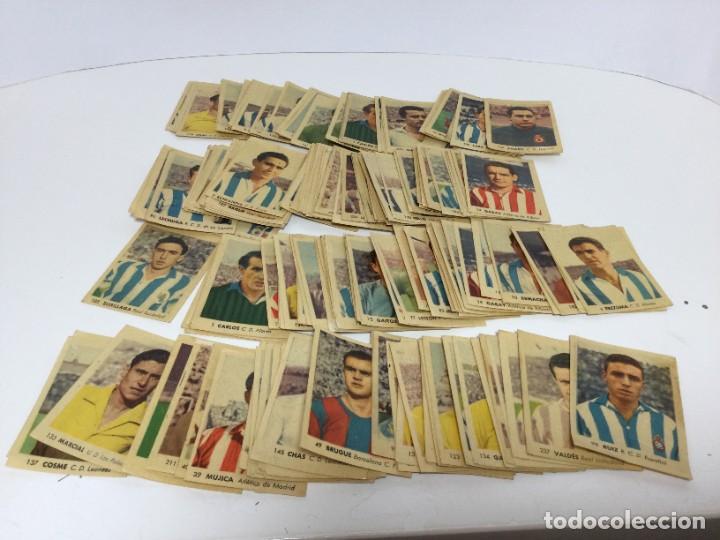 LOTE DE CROMOS ANTIGUOS CAMPEONATOS NACIONALES DE FUTBOL 1956 RUIZ ROMERO (Coleccionismo Deportivo - Álbumes y Cromos de Deportes - Cromos de Fútbol)