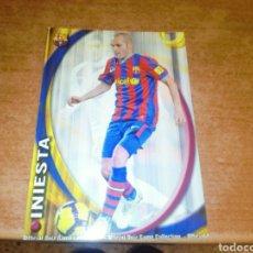Cromos de Fútbol: INIESTA #017 FC BARCELONA 2010-2011 MUNDICROMO. Lote 237148540