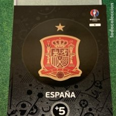 Cromos de Fútbol: 9 TEAM LOGO CLUB BADGE ESCUDO ESPAÑA SPAIN PANINI ROAD TO UEFA EURO 16 FRANCE 2016 CARD ADRENALYN XL. Lote 244914540