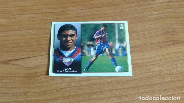 IVÁN -- EXTREMADURA -- FICHAJE Nº 33 -- 98/99 -- ESTE -- RECORTADO (Coleccionismo Deportivo - Álbumes y Cromos de Deportes - Cromos de Fútbol)