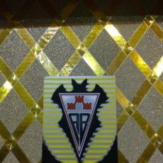 Cromos de Fútbol: CROMO DE FUTBOL ESCUDO DEL ALAVES NUMERO 561 LAS FICHAS DE LA LIGA 2003 MUNDICROMO *. Lote 263096885