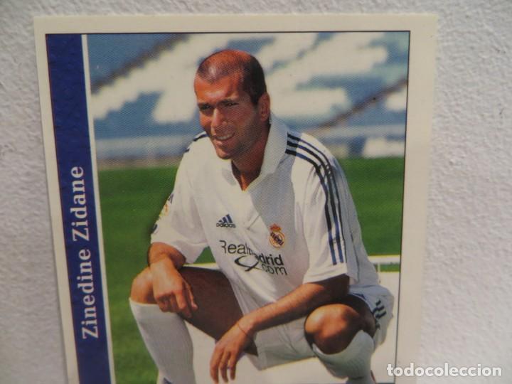 Cromos de Fútbol: MUNDICROMO 2001 2002 01 02 - 17 ZIDANE ( ROOKIE ) - REAL MADRID,PERFECTO ESTADO - Foto 3 - 267484789