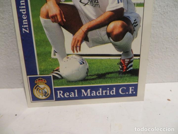 Cromos de Fútbol: MUNDICROMO 2001 2002 01 02 - 17 ZIDANE ( ROOKIE ) - REAL MADRID,PERFECTO ESTADO - Foto 4 - 267484789