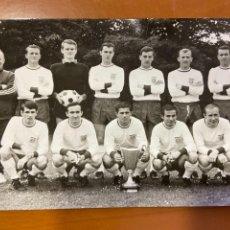 Cromos de Fútbol: BAYERN MNICHOV EQUIPO 1966. Lote 271063818