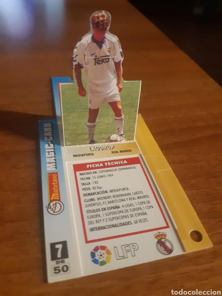Cromos de Fútbol: N°7 Laudrup (Real Madrid) magic card Matutano 94-95 - Foto 2 - 276593673