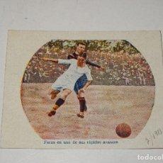 Cromos de Fútbol: CROMO ANTIGUO - FC BARCELONA - FONS EN UNO DE SUS RÁPIDOS AVANCES 1913, SEÑALES DE USO. Lote 286269308