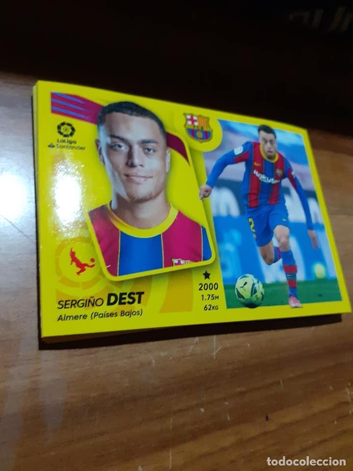 CROMO COLECCIONES ESTE, TEMPORADA 2021/22,EDITORIAL PANINI,JUGADOR DEST (FC BARCELONA),Nº 7A (Coleccionismo Deportivo - Álbumes y Cromos de Deportes - Cromos de Fútbol)