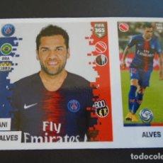 Cromos de Fútbol: 128 DANI ALVES PARIS SAINT-GERMAIN VERSION BLUE BACK STICKER PANINI FIFA 365 18 19 2018 2019. Lote 288481323
