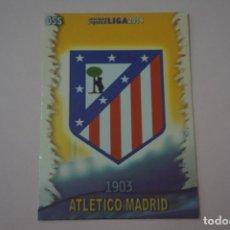 Cromos de Fútbol: TRADING CARD DE FUTBOL ESCUDO DEL ATLETICO DE MADRID Nº 55 LIGA MUNDICROMO 2013-2014/13-14. Lote 290106643
