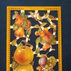 Coleccionismo Cromos troquelados antiguos: LAMINA CROMOS TROQUELADOS MLP- A143. FRUTAS. RELIEVE BRILLO. Lote 49487112