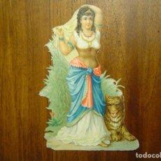 Coleccionismo Cromos troquelados antiguos: PRECIOSO CROMO TROQUELADO - MUJER CON ANIMAL ( III ) - 13,7 CM DE ALTURA . Lote 79652337