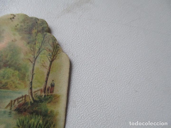 Coleccionismo Cromos troquelados antiguos: CROMO TROQUELADO DE: CHOCOLATE AMAELLER- BARCELONA ESCENA DE RÍO Y CISNES-5.5 X 11.5 CM. - Foto 2 - 136290950