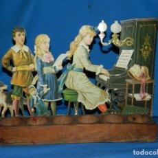 Coleccionismo Cromos troquelados antiguos: (M) CROMO TROQULADO GRAN TAMAÑO NIÑOS TOCANDO EL PIANO , PRINCIPIOS S.XX , . Lote 145704422