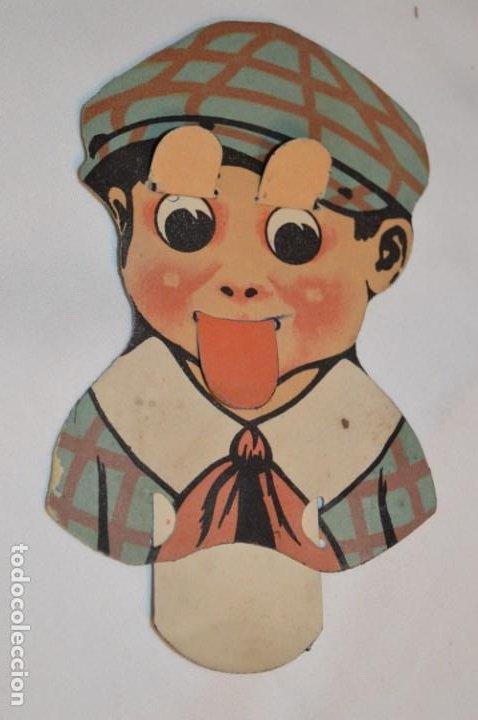 Coleccionismo Cromos troquelados antiguos: ¡Muy Raro! -- Antiguo CROMO TROQUELADO, CON CARA NIÑO QUE SACA LA LENGUA Y ABRE LOS OJOS - ¡Mira! - Foto 2 - 183512700