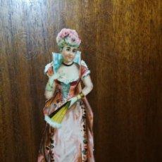 Coleccionismo Cromos troquelados antiguos: DUCHESSE ( DUQUESA ) DE PARTHENAY - CROMO TROQUELADO - COMPAÑIA COLONIAL MADRID - 12,5 CM DE ALTURA. Lote 188576908