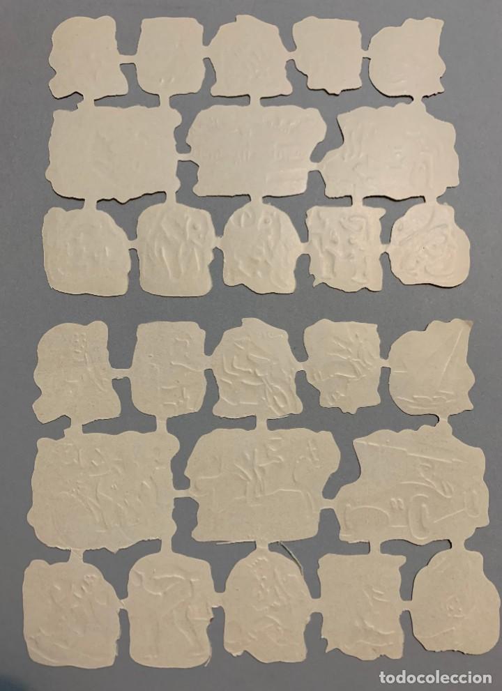 Coleccionismo Cromos troquelados antiguos: 2 LAMINAS CROMOS TROQUELADOS O PICAR CyP CON RELIEVE Y BRILLO - Foto 2 - 194209988