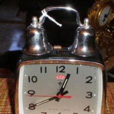 Despertadores antiguos: RELOJ DESPERTADOR CHINO AÑOS 80. Lote 11096862