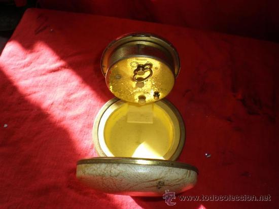 Despertadores antiguos: reloj de viaje - Foto 2 - 18446915