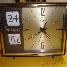 Despertadores antiguos: RELOJ DESPERTADOR MARCA RHYTHM,ALARM CLOCK.CALENDARIO Y SEMANARIO. Lote 22509971