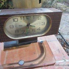 Despertadores antiguos: RELOJ IMPEX. 21X10X7 CMS NECESITA CAMBIAR LA PEANA. Lote 29768402