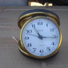 Despertadores antiguos: RELOJ DE VIAJE DE CUERDA EUROPE. Lote 31865452