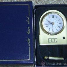 Despertadores antiguos: RELOJ DESPERTADOR DORADO. Lote 32770366