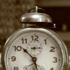 Despertadores antiguos: BONITO RELOJ DESPERTADOR DE SOBREMESA UNION RELOJERA SUIZA DE CAMPANA FUNCIONANDO EN. Lote 36608781