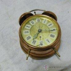 Despertadores antiguos: RELOJ DESPERTADOR DORADO . Lote 36748280