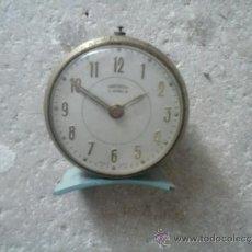 Despertadores antiguos: RELOJ DESPERTADOR DE CUERDA (AVERIADO) CARCASA METÁLICA. Lote 37247264