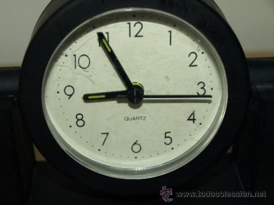 Despertadores antiguos: RELOJ DESPERTADOR CAJA RURAL CREDICOOP. AL PONERLE UNA PILA FUNCIONA. 13,2 CM X 12,6 CM. VER FOTOS - Foto 2 - 37563626